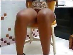 Crossed Legs Pernas Cruzadas 1 latina cumshots latin swallow brazilian mexican spanish