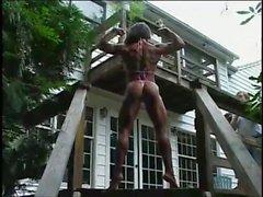 Karen Zaremba Female Bodybuilder 02