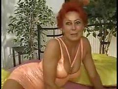 saksa milfs punapäät
