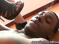 femdom feticismo del piede interracial