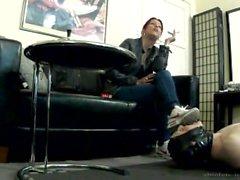 torção pata -dominação sapato-dominação o pé -slave de sapatos culto