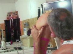realidade engraçada grande mamas britânicas trabalhando boquete oral out grande