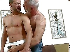 beren homo oudere jongens