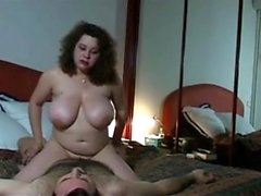 amateur big boobs brünett doggystyle reifen