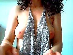 amador peitos grandes morena solo webcam
