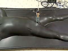 vacbed and estim being milked by venus 2000