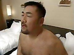 asiatisk fat gays cum tributes björnar