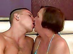büyükanne lanet büyükanne anneanne porn video
