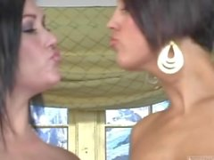 claire dames dylan ryder chica con chica a