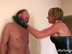blond femdom fétiche hd mature