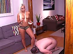 Mistress make Arab slave to eat fruit from her feet