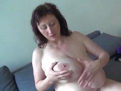 bbw büyük göğüsler sarkık memeler asılı