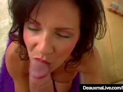 deauxma pari emättimen seksiä suuseksiä