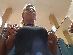 amatööri jalka fetissi julkinen alastomuus