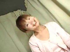 asiatique gros seins japonais lesbienne