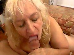 amatör büyük memeler oral seks