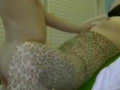brunette amateur chine grande fesses asiatique pov missionnaire milf inverse cow-girl rasée guillerette