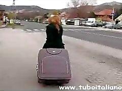 amateur blond italiaans