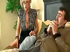 büyük göğüsler aldatmak femdom