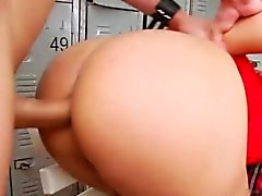 Slender tranny Andressa gets ass fucked
