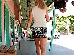 amateur blond de plein air public solo