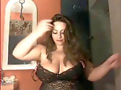 Busty Chubby Italian Whore