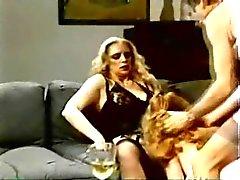 женское групповой секс milfs страпон марочный