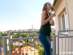 e05.balcony.sex.tape