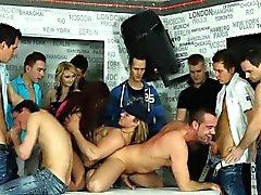 bisexuell blowjob gruppen-sex handjob hd
