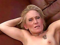 büyükanne lanet büyükanne anneanne porn video anneanne seks filmleri