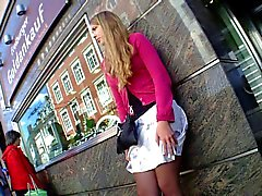 dilettante calze adolescenza upskirts voyeur