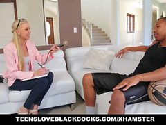Blonde Chick Gets Plundered By BBC Athlete