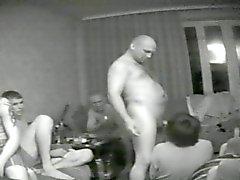 voyeur viol collectif amateur russe cames cachées