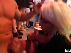 blond pipe sexe en groupe hd