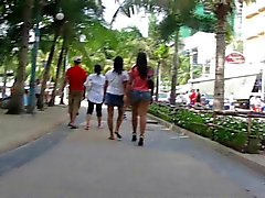 Candid Thai booty on Pattaya beach Thailand