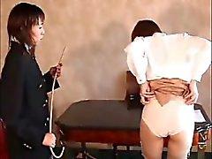 lesbiana dominación adolescente asiático azotaina
