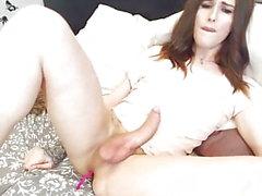 Russian beauty cums