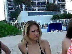 amateur blondine brünett im freien