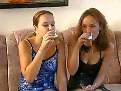 ragazza- su femminili lesbian- 69 ceco