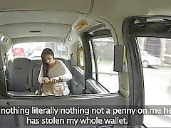 Stranded british amateurs creampie taxi fare