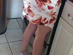wall videos high heels latina