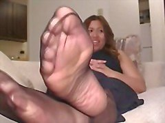 Ebony Pantyhose Feet Play 4