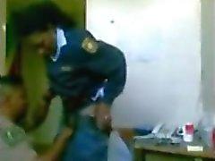 polícia do sexo -at- trabalho aficionados do sexo -at- trabalho escondida - máquina fotográfica do sexo oculto câmera