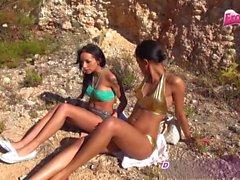 amatööri julkinen alastomuus threesomes saksa ulko