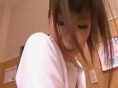 asiatique doigté poilu lesbienne