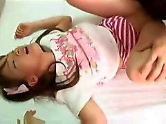 asiático bebês torta de creme adolescentes