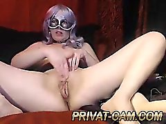 granny play on cam