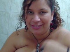 Candy Cruz pleasing her lover