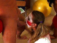 Clown.Porn.The.Parody.XXX.DVDRip.x264-UPPERCU