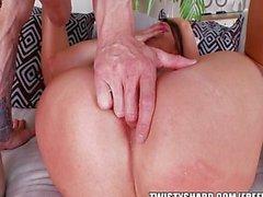 pareja sexo vaginal masturbación